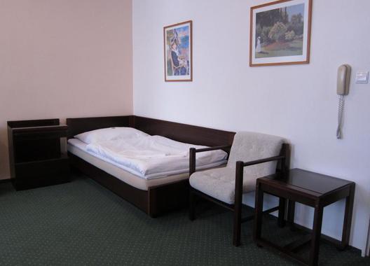 Hotel-Omega-8