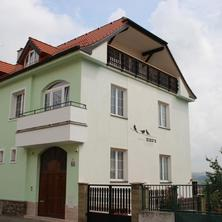 pohled z ulice Tišnovská