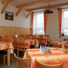Restaurace a penzion Rakovec