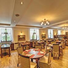 Hotel Buchlov Buchlovice 36424206