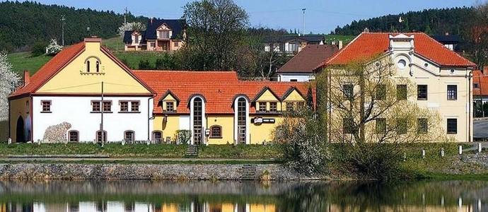 Penzion Paták Kamýk nad Vltavou