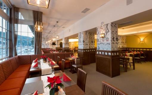 Relaxační pobyt pro páry v srdci Beskyd na 3 noci-Hotel Bauer 1149107141