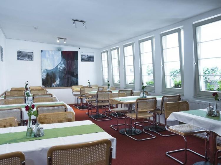 Hotel Meda – Art of Museum Kampa 1131219683 2