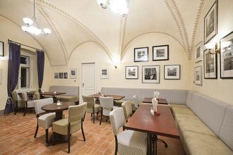Hotel Latrán Český Krumlov 43063270
