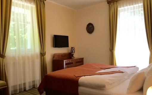 Parkhotel Forest 1152310983
