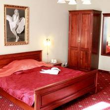 Film Hotel Bratislava 33617788