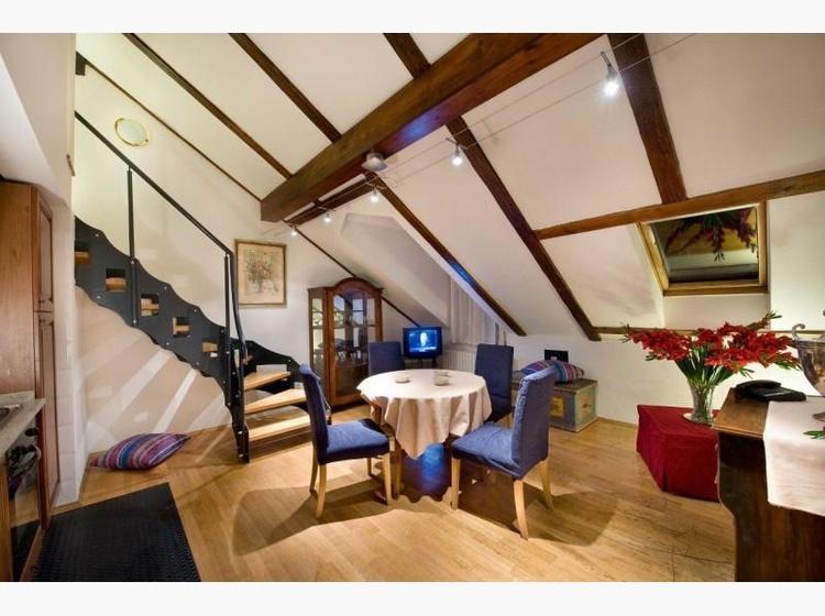 Dvoupodlazni Apartma ( Dupplex Suite )