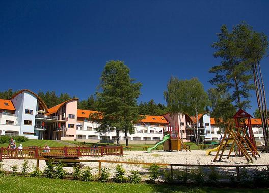 Lipno-Lake-resort-16