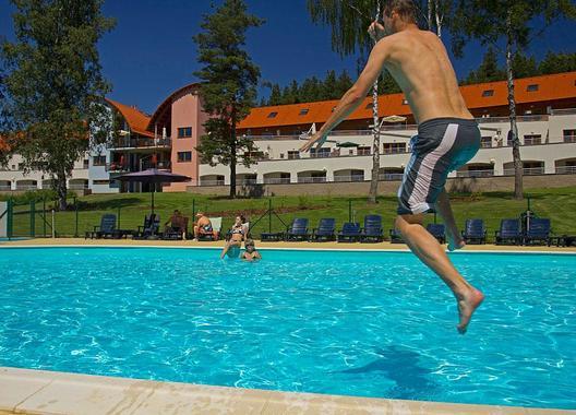 Lipno-Lake-resort-4