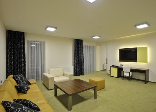 Lesní-hotel-9