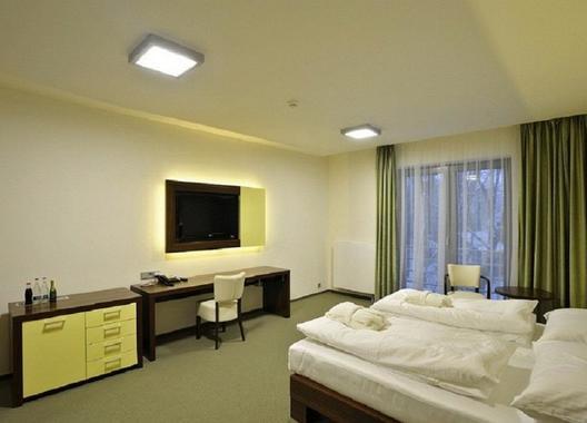 Lesní-hotel-3