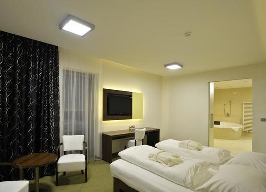 Lesní-hotel-4
