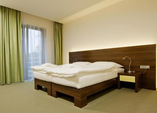 Lesní-hotel-2