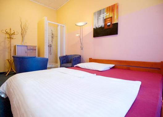 Club-Hotel-Praha-9