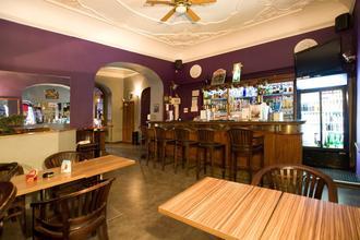 Club Hotel Praha 43627302