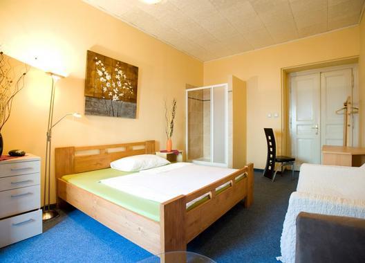 Club-Hotel-Praha-4