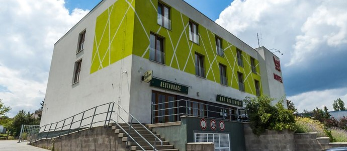 Nad Královnou Hotel & Restaurant Praha 1133373205