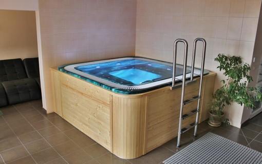Víkend s polopenzí a wellness-Hotel GOLD Chotoviny 1154277597