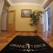 Hotel Grand Tábor 1143102745