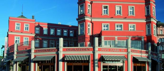 BECHERPLATZ Karlovy Vary