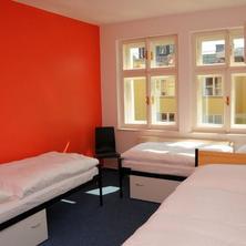 Hostel Miles Praha 37112774