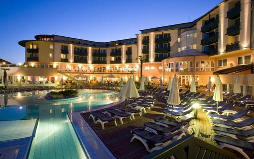 Lotus Therme Hotel & Spa Hevíz