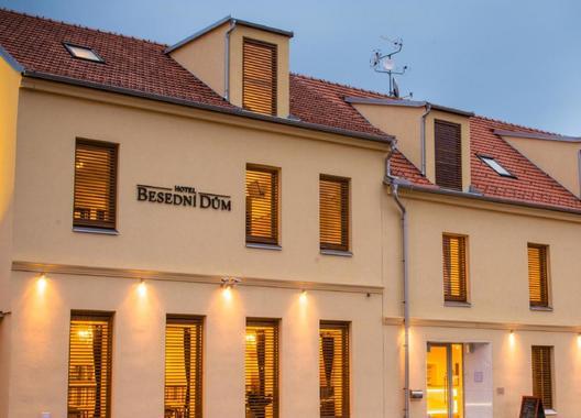 Hotel-Besední-dům-1