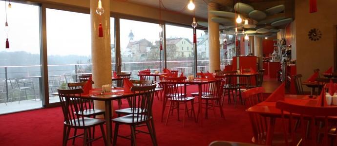 Hotel Rajská zahrada Nové Město nad Metují 41591686
