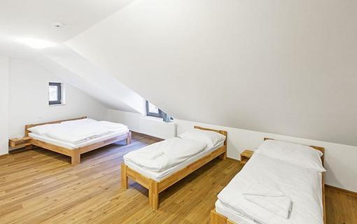 Hotel U Kabinky 1154280697