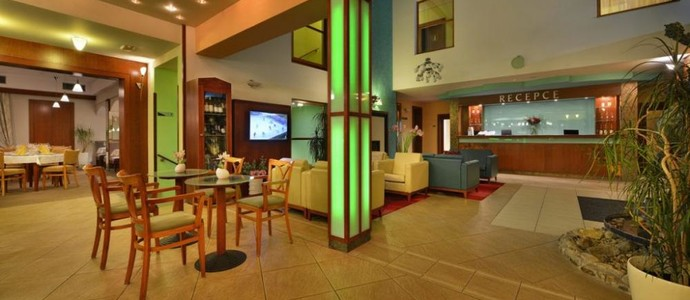 Hotel HAPPY STAR Znojmo 1120025680