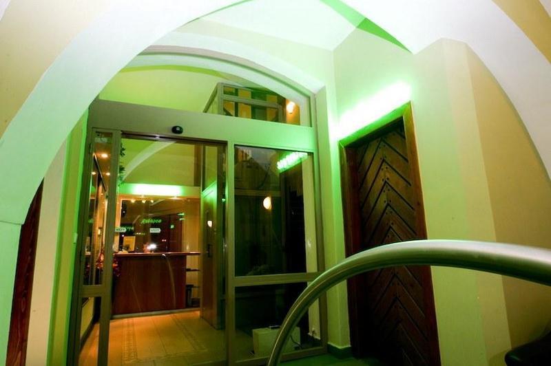 Hotel POD VĚŽÍ 12