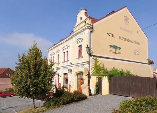 Hotel-U-Zeleného-stromu-2