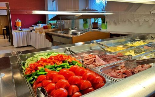Hotel Kamzík Snídaně