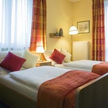 Hotel PAVILON Říčany 41205402