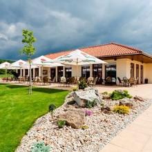 GOLF HOTEL AUSTERLITZ Slavkov u Brna 46121416