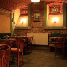 Pension Žlutý dům Plzeň 39942516