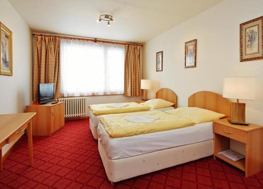 HOTEL-PATRIA-3