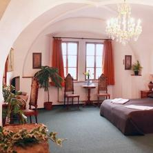 Hotel Zlatý Kohout Mladá Boleslav 33287356