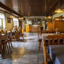 Hotel Sirákov Vsetín 38225644