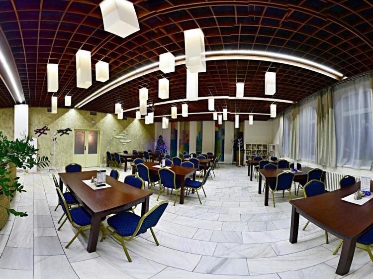 Hotel Liberec 1133404359 2