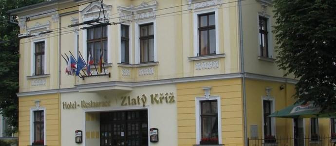Hotel & Restaurace Zlatý Kříž Teplice