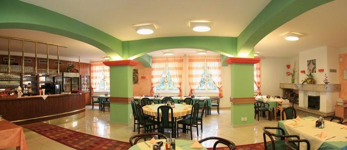 Hotel Riviera Děpoltovice Nová Role 1112613858