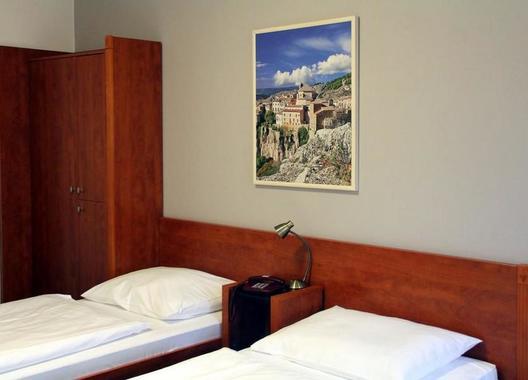 Hotel-Iberia-12