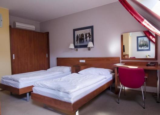 Hotel-Iberia-11