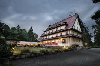 Parkhotel Skalní město Holín 48422624