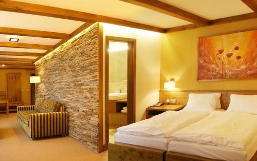 Hotel Horal 1146775933