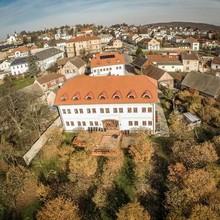 Hotel Grunt Kosmonosy
