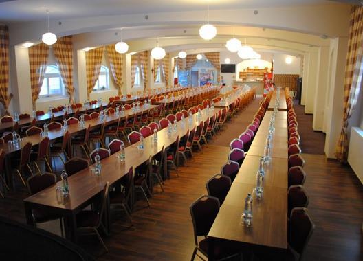 hotel-allvet_sal-stodola-az-350-osob-1