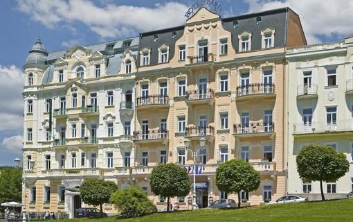 Léčebný pobyt v Hotelu Paris na 14 nocí-Hotel Paris 1154287047