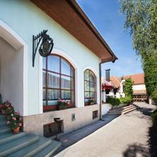 Hotel Napoleon Slavkov u Brna 39813614